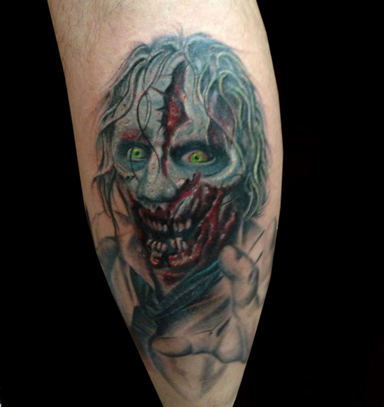 Darkhorror Realisticrealism Tattoo Slave To The Needle