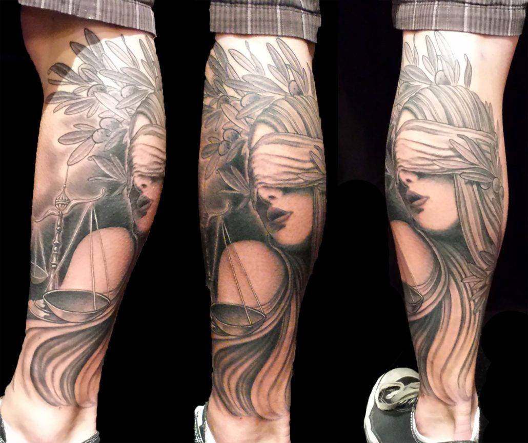 Black & Grey Leg Realistic/Realism Woman Tattoo