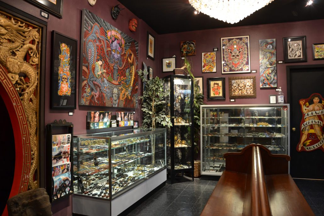 displays at slave to the needle tattoo and piercing shop in ballard