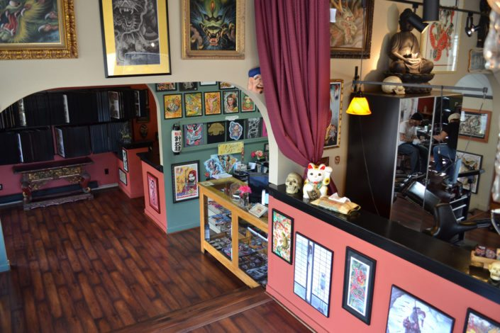 counter of slave to the needle tattoo shop in wallingford